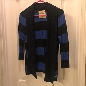 **MOVING, EVERYTHING MUST GO** Hollister Sweater